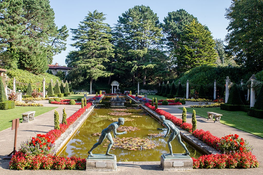 Italian Garden Design italian french parterre garden traditional landscape The Grand Italian Garden Design Has Strength And Grandeur Brought Alive By The Sound And Movement Of Water And Enhanced By The Faade Of The Italian Villa